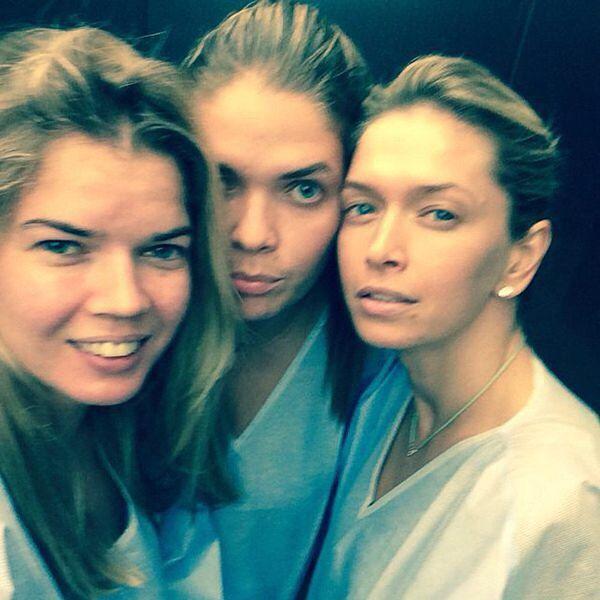Вера Брежнева с сестрами в больнице