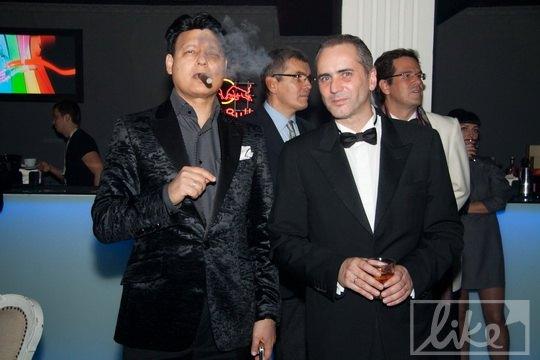 Муж Камалии миллионер Моххамад Захур и муж Ольги Громовой английский бизнесмен Саймон Джекмен