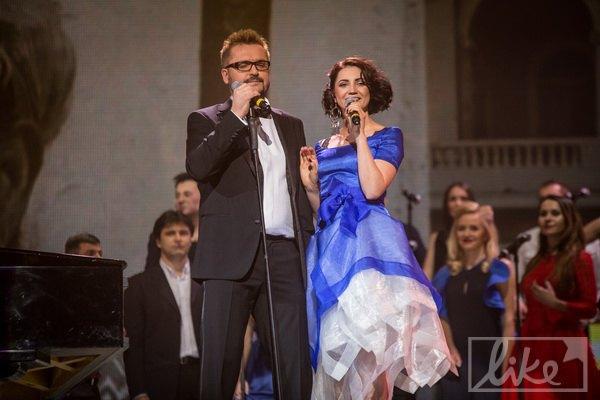 Пономарев в дуэте с Олей Цибульской
