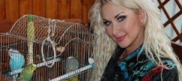 Бужинская собирает бездомных животных