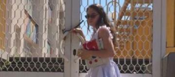 Лолита пожаловалась, что ее не пускают на выпускной к дочери в Киев