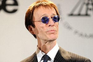 Вокалист группы Bee Gees вышел из комы