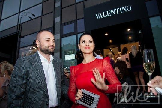 Тимур Хромаев и Маша Ефросинина на открытии бутика в мае 2012 года