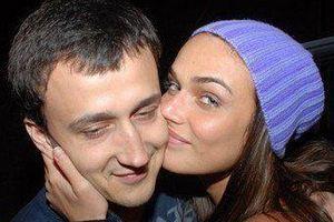 Алена Водонаева развелась с мужем?