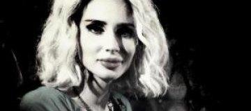 """Пугачева пригласила Лободу на """"Рождественские встречи"""""""