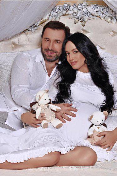 Валерий и Валерия Коновалюк