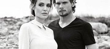 Анджелина Джоли променяла Брэда Питта на молодого красавчика