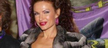 Эвелина Бледанс похвасталась Ирине Безруковой животиком