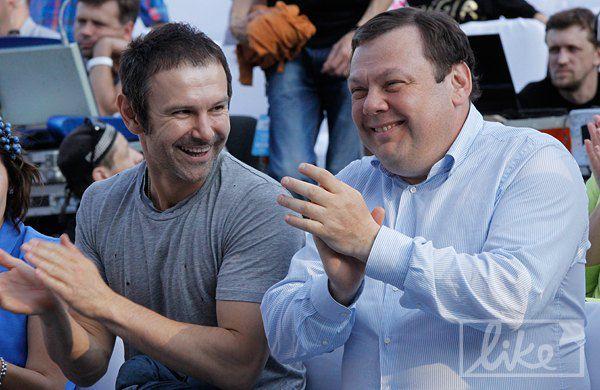 Святослав Вакарчук и председатель набсовета Альфа-групп Михаил Фридман