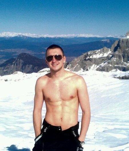Валентин Соркин светит торсом при любом удобном случае
