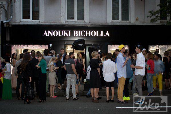 В Киеве открылся магазин жены Кахи Каладзе Ануки Арешидзе и Бичоллы Тетрадзе