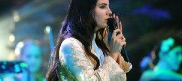 Лана Дель Рей объяснила утечку неизданных песен