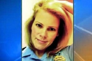 В США женщину-полицейского наказали за откровенные фото в Интернете