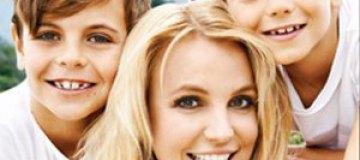 Бритни Спирс вместе с сыновьями снялась для глянца