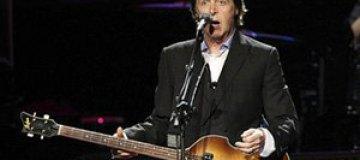 Маккартни устроил спонтанный концерт на Таймс-сквер