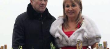 Суд отказался разводить Черновецкого с женой