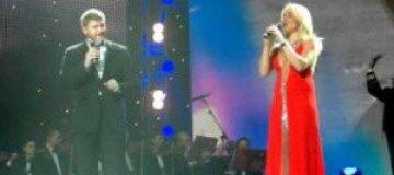 Дочь Суркиса спела с Алексеем Кузнецовым