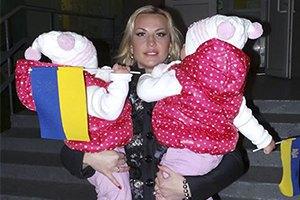 Камалия пришла на выборы вместе с дочками