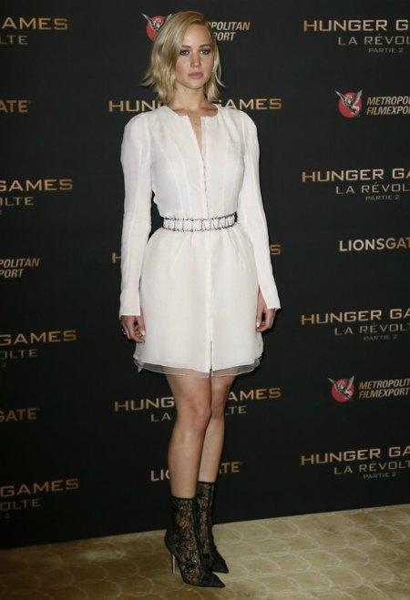 А на парижской премьере актриса была одета скорее стильно, чем провокационно