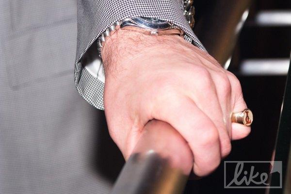 Григорий Лепс носит печатку с собственнными инициалами