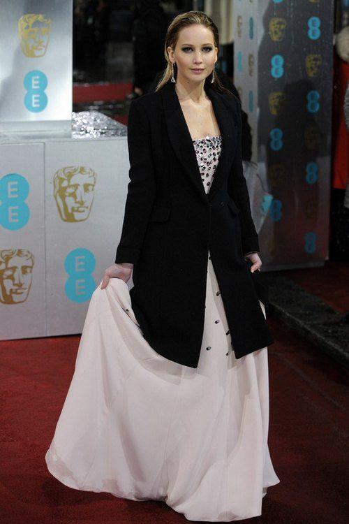 """Дженнифер Лоуренс, сыгравшая в драмо-комедии """"Мой парень псих"""" в Dior Couture"""