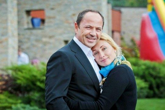 Вице-премьер-министр Украины Сергей Тигипко с супругой, президентом Одесского кинофестиваля Викторией Тигипко