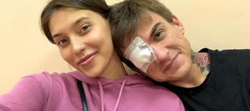 Жених Регины Тодоренко повредил глаз, спасая любимую