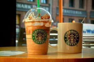 Starbucks уберет насекомых из своих напитков