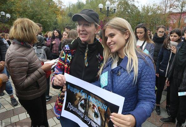 Министра здравоохранения Ульяна Супрун (слева) тоже против цирка с животными