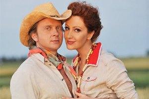 Егорова заявила, что Мухарский по-прежнему ее законный муж