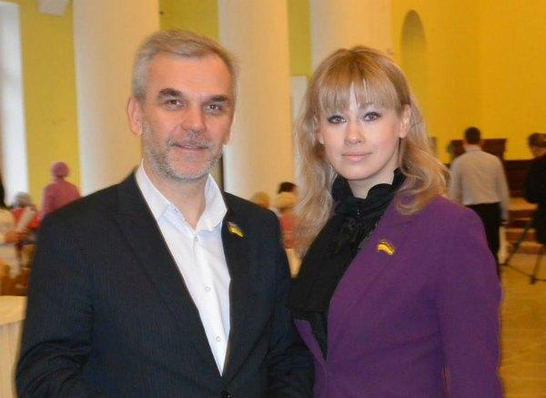 Еськина как давний соратник по общественной деятельности помогала и Олегу Мусию на должности главы Минздрава