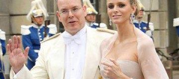 Князю Монако запретили видеться с любовницами