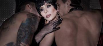 Ирина Билык шокировала поклонников новой фотосессией