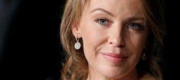 Кайли Миноуг раскритиковала 53-летнюю Мадонну за стриптиз