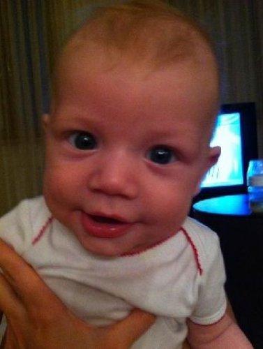 Маленький сын похож на Малиновскую
