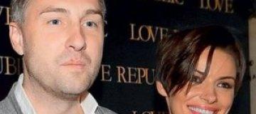 Дочь Мейхер получила от папы колыбель за 1 тыс. грн