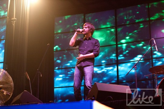 Вася зачитал рэп и про украинских политиков