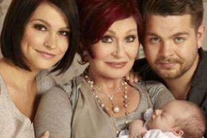 Оззи и Шарон Осборн показали свою первую внучку
