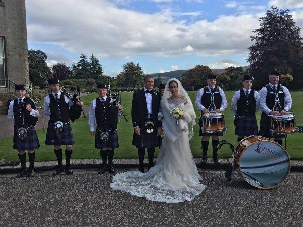 Свадьба Калетник прошла в традиционном шотландском стиле