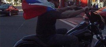 Тимати снова проехался по Голливуду с флагом России