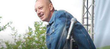 Известный белорусский рок-музыкант скоропостижно скончался в день концерта