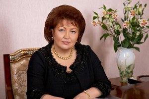 Нардеп Бахтеева купила внучке удава Гошу