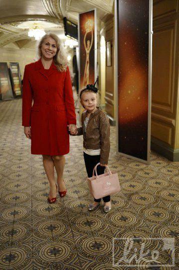 Мама телеведущей Ольги Фреймут с дочерью Ольги Златой