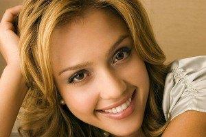 Джессика Альба написала книгу о фрикадельках