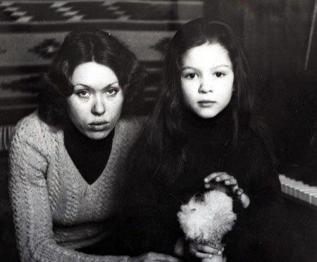 Певица Руслана с мамой Ниной Аркадьевной