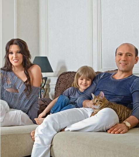 Дубцова с мужем Тиграном и сыном Артемом