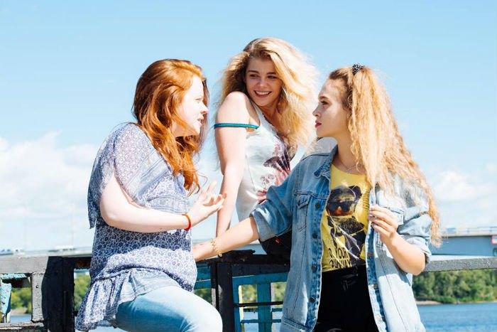 Настя Пустовіт, Марія Трєпікова та Аеліта-Вікторія Аверман - подружки по фільму
