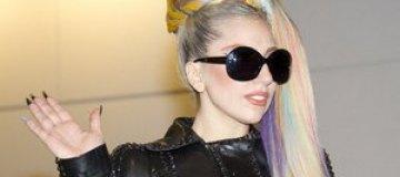 Леди Гага, Рианна и Бритни Спирс накормят африканских детей