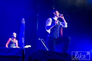 """40-тысячная толпа спела гимн Украины на концерте """"Океана Ельзи"""""""