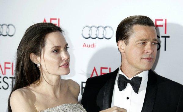 Анджелина Джоли и Брэд Питт на премьере своего фильма
